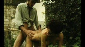 Sex In The Garden - Julia Reaves