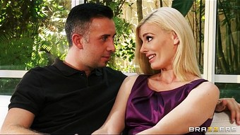 Lonely blond wife Darryl Hanah calls an old friend rough-sex  HD