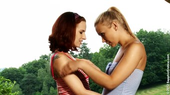 Two salacious lesbians haven't found any better place to bang just in the garden