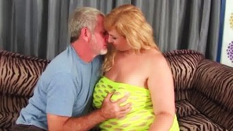 Big titty plumper Amazon Darjeeling gets her asshole drilled  HD
