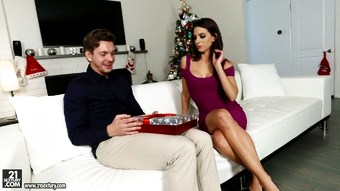 Leggy elegant babe Eva Long bends over and congratulates her lover on Christmas Eve